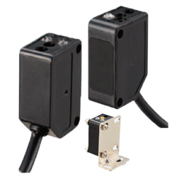 Photoelectric Sensors with Built-in Amplifier - Standard